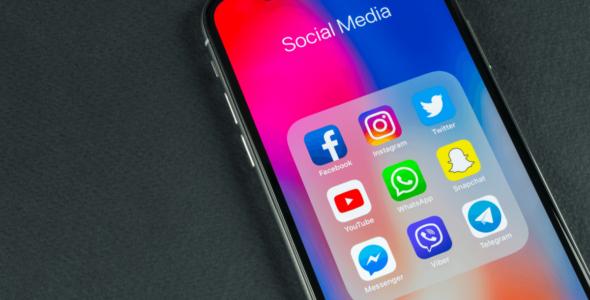 Social-media-on-mobile-phone